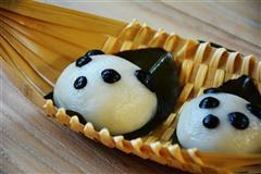 熊猫版叶儿粑