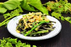 蒜蓉炒蕨菜