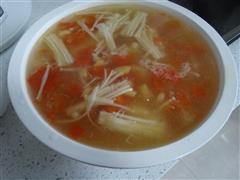 番茄金针菇虾皮汤