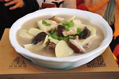 腌汆清江鱼块