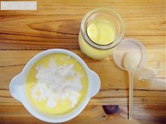 牛奶炖鸡蛋