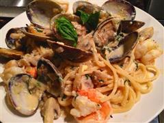 白酱海鲜意大利面