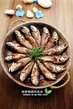 锅贴黄花鱼-海边小城的招牌菜