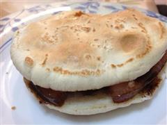 肉夹馍/Chinese Burger