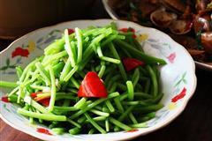 菜男脆炒红薯茎