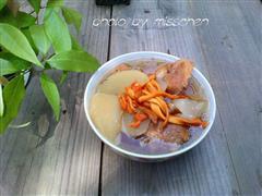 虫草花白萝卜龙骨汤