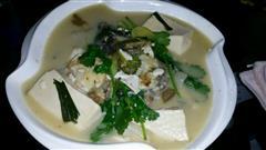 鱼头豆腐汤香浓型
