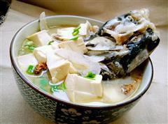 在家也能做奶白的鱼头豆腐汤