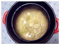 白菜炖豆腐汤