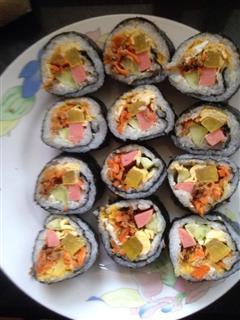咸鸭蛋黄紫菜包饭