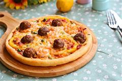 意式鲜虾肉丸披萨