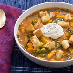 轻食-温暖红薯防风根面包丁汤