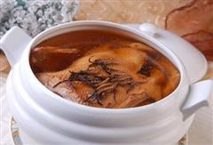 冬虫夏草炖水鸭-滋养益血、生津养胃