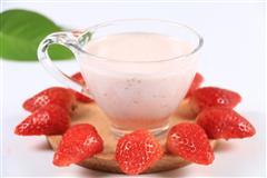 夏日良饮-冰爽草莓奶昔