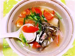 番茄鱼头豆腐汤