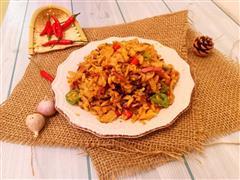 炒鸡下饭萝卜干炒熏肉
