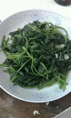 清炒番薯叶