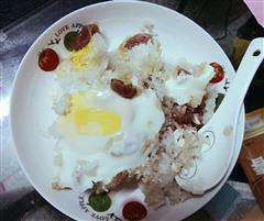 广式腊肠窝蛋饭