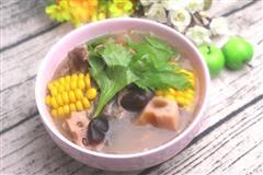 初冬它来早了甚是想念那一碗飘香四溢的骨头汤