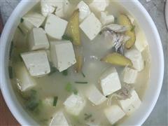 超简单鱼头豆腐汤