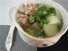 冬季暖胃驱寒-冬瓜排骨汤