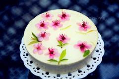 桃花酸奶慕斯蛋糕