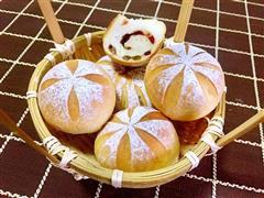 枣香蔓越莓面包
